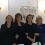 Da sinistra la Palmina Falla (Vice presidente della sezione Fidapa BPW Italy di Civitavecchia), Fiorella Annibali (Presidente della Fidapa BPW Italy – Distretto Centro), Pia Petrucci (Presidente nazionale della Fidapa BPW Italy), Gabriella Sarracco (Presidente della sezione Fidapa BPW Italy di Civitavecchia)